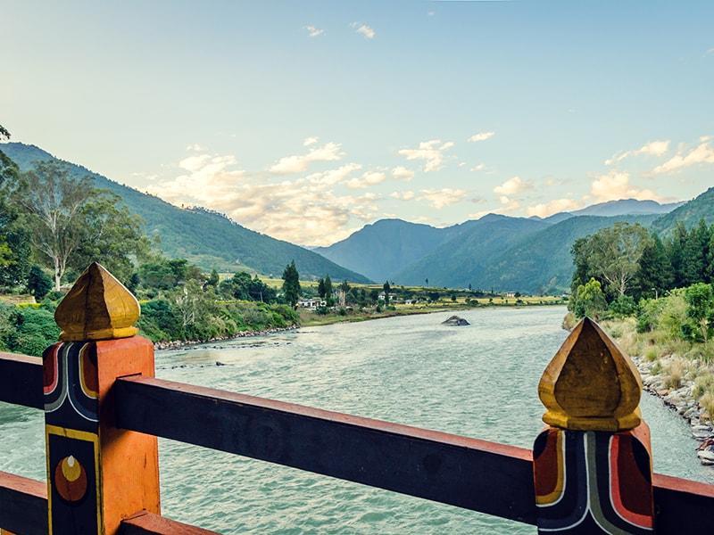 Bután. Rafting en Punakha por la zona de Mo Chhu