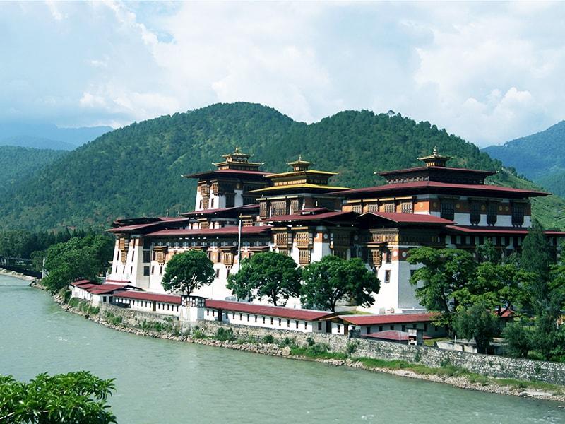 Bután. Partipar en una ceremonia privada de meditación budista