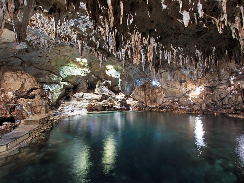 Filipinas. Las increíbles cuevas del Parque Nacional Río Subterráneo