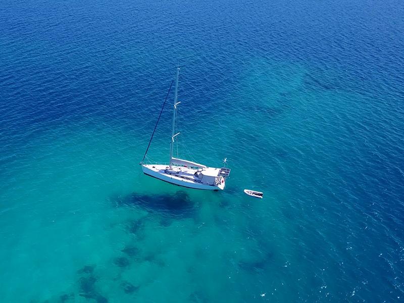 Playas de Asia. Surcar los mares de Maldivas en un Yate privado