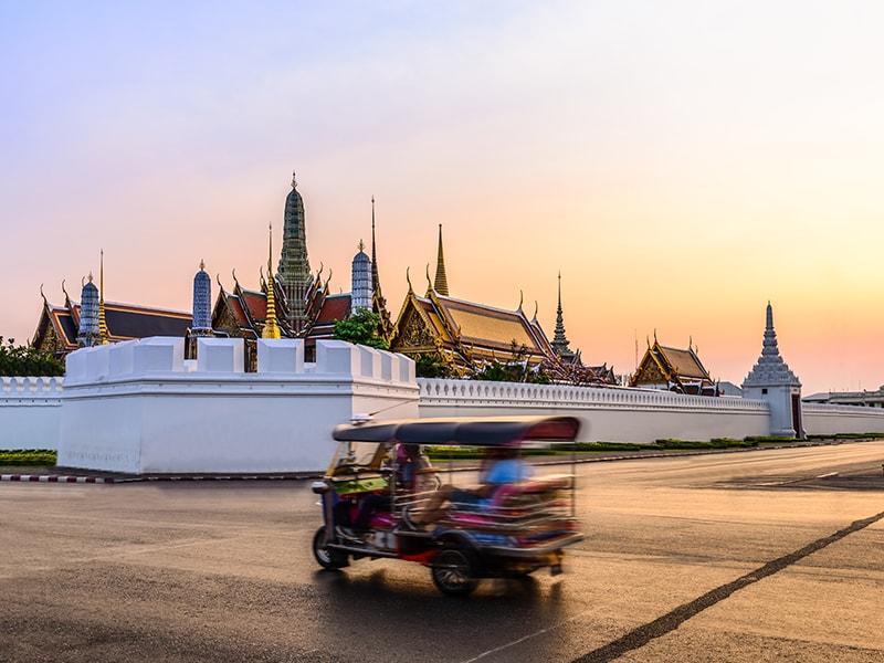 Tailandia. Conocer la ciudad de Bangkok en tren