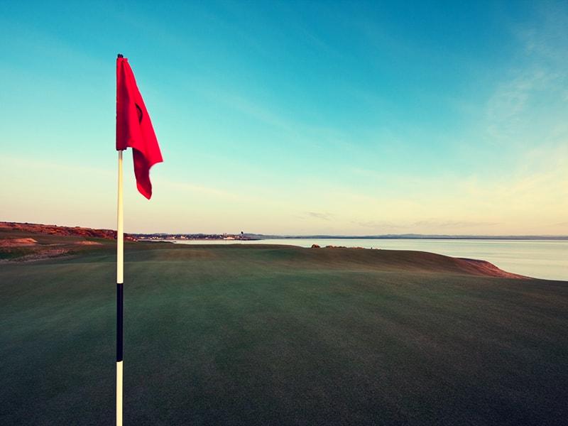 Escocia. Jugar al golf en campos legendarios