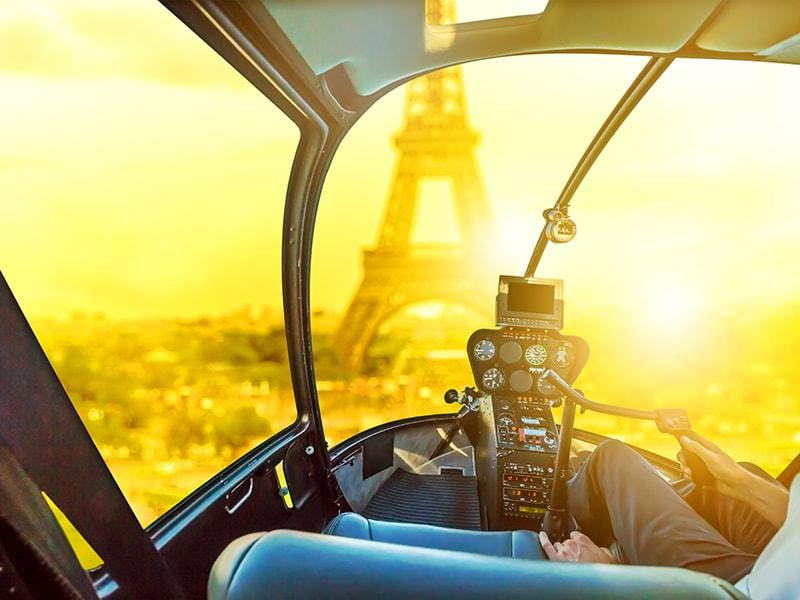 Francia. Sobrevuelo de París en helicóptero